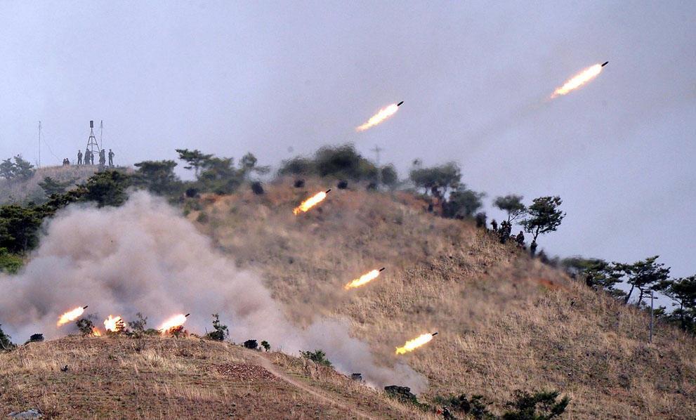 koreaivoennayamashina 3 Северная Корея привела ракеты в боевую готовность и целится в США