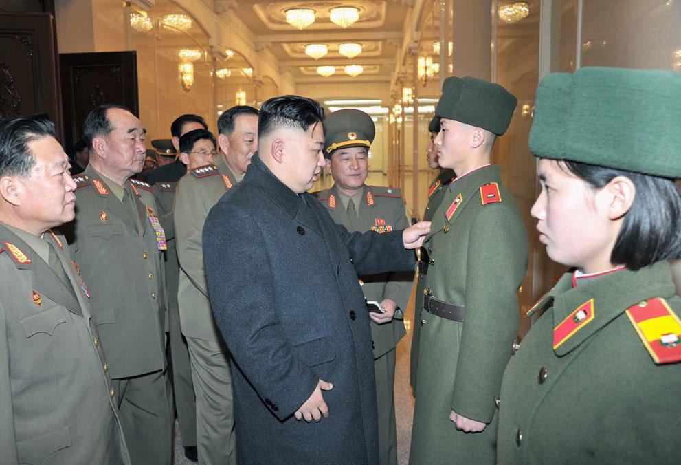 koreaivoennayamashina 9 Северная Корея привела ракеты в боевую готовность и целится в США
