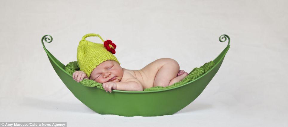 newborns10 Шапочки для новорожденных