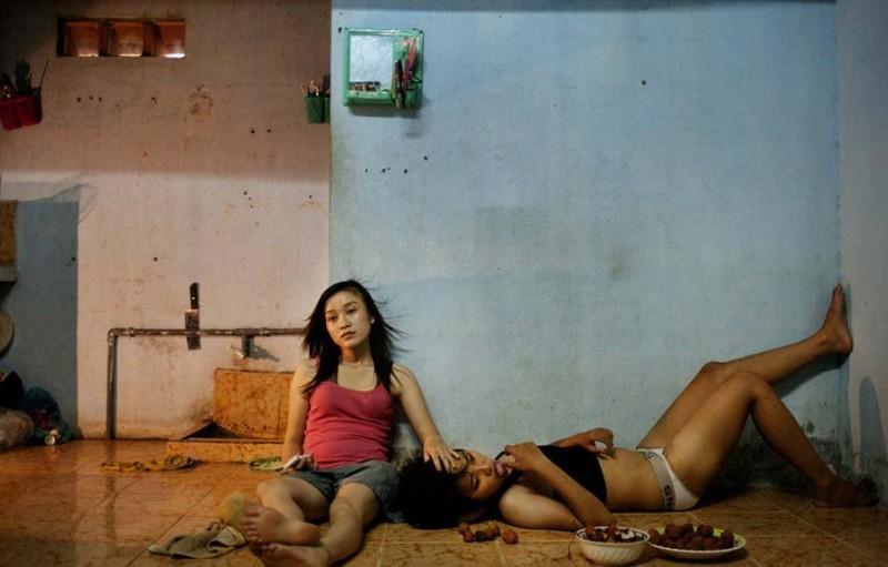 odnopoliepari 12 800x511 Pink Project   серия о вьетнамских однополых парах