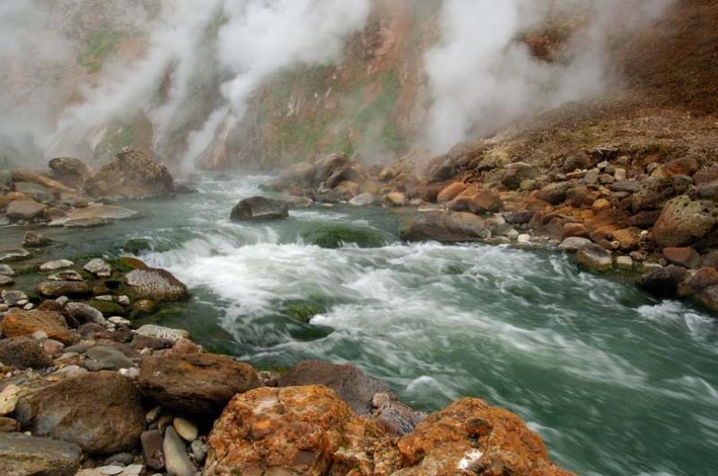 Чудо природы — река Гейзерная
