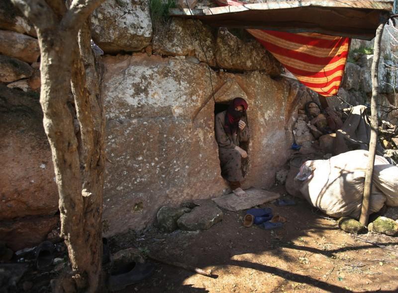 Сирийцы нашли убежище в римских гробницах