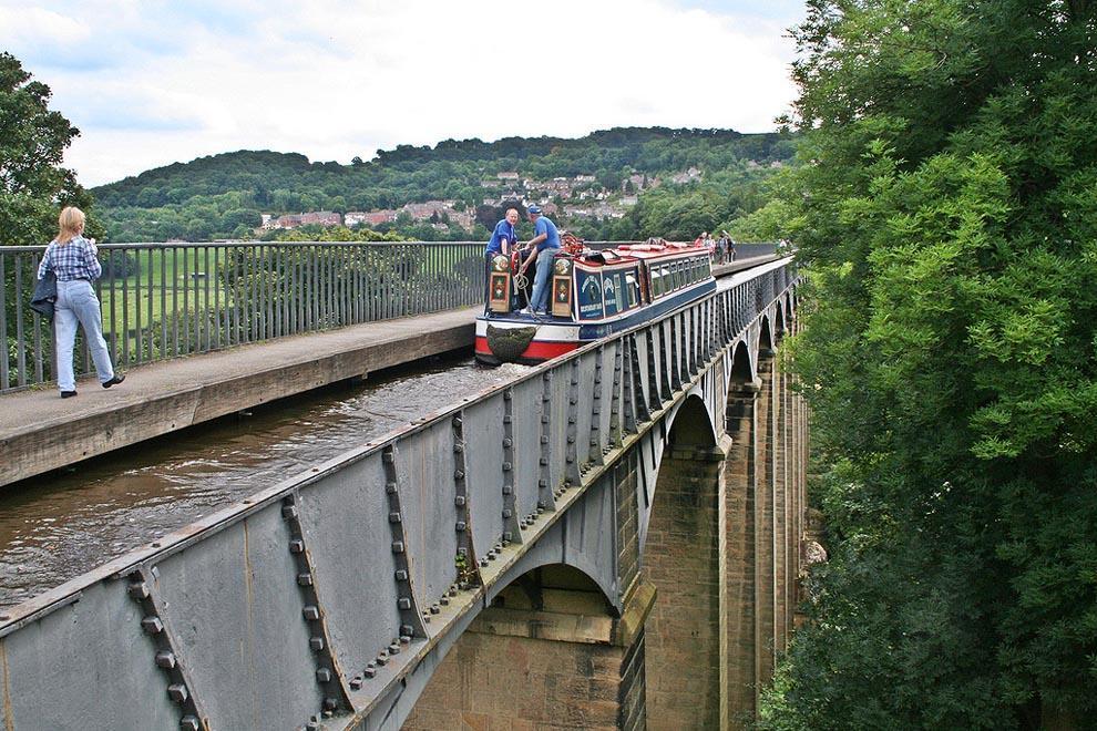 waterbridges13 Три самых впечатляющих водяных моста в мире