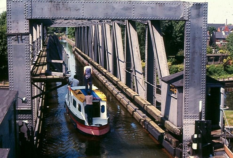 waterbridges18 Три самых впечатляющих водяных моста в мире