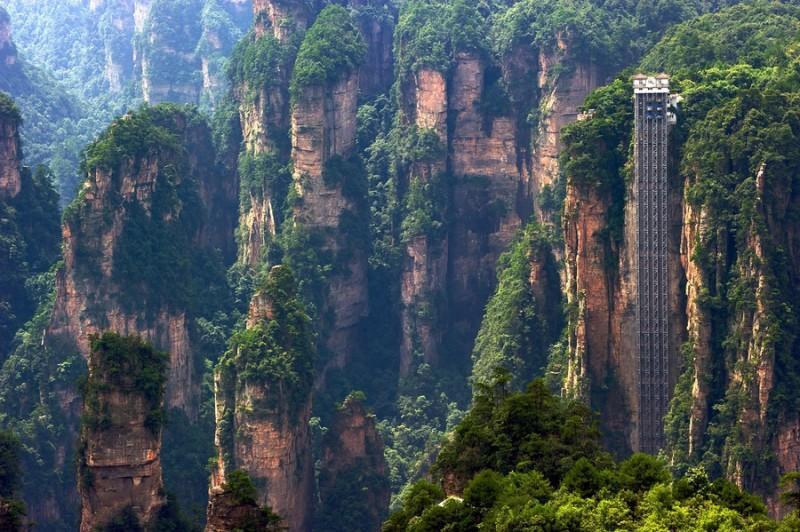 0 99258 12b17dc5 XXL 800x532 Лифт Ста Драконов   самый высокий открытый подъемник в мире