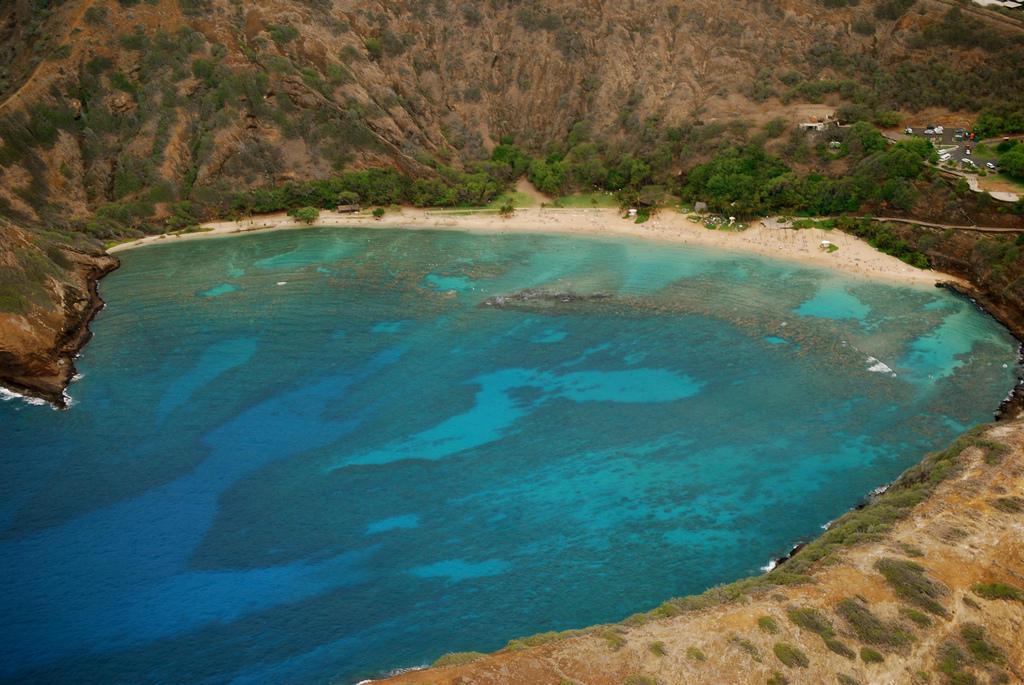 0 a5866 c94a107f orig Земной рай   гавайский пляж внутри древнего кратера