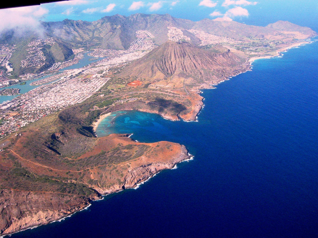 0 a5868 dad5c3cb orig Земной рай   гавайский пляж внутри древнего кратера