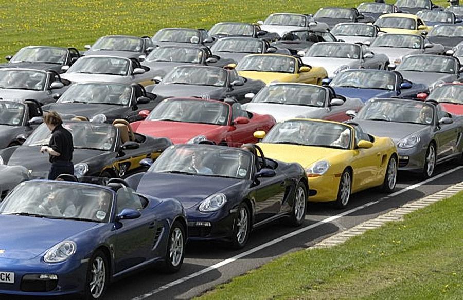 242 Лучшие архивные модели Porsche