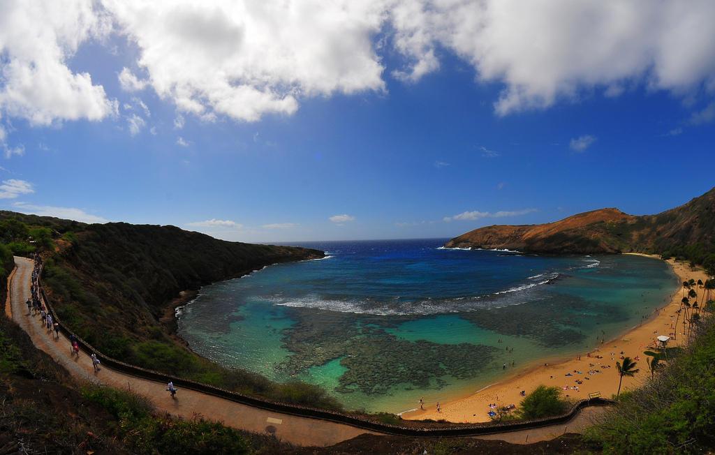 4632376433 6a0536429a b Земной рай   гавайский пляж внутри древнего кратера