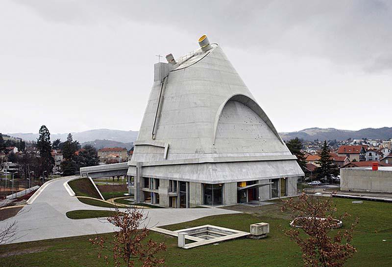 7neobichnixcerkvey 8 7 самых необычных церквей