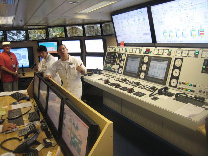 AllureoftheSeas28 Как устроен самый большой круизный лайнер в мире