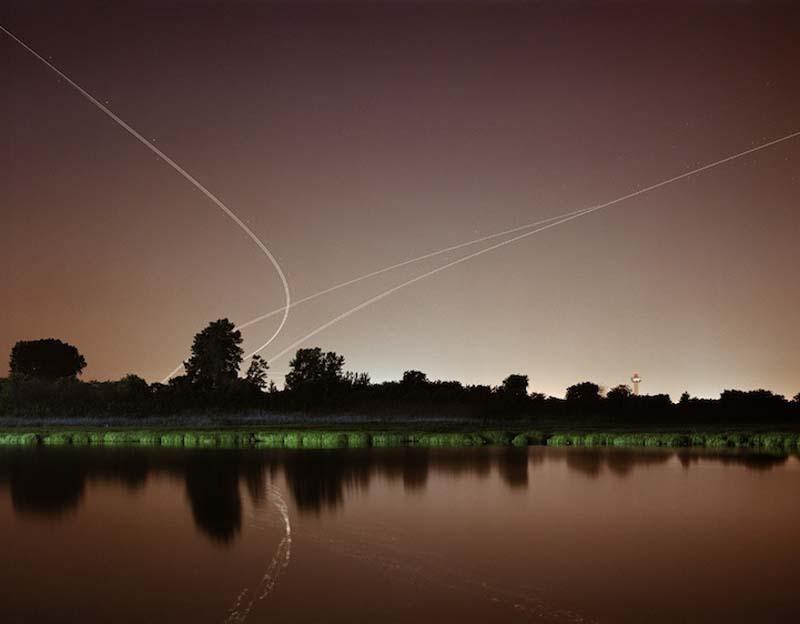 KevinCooley11 Ослепительные световые следы самолетов