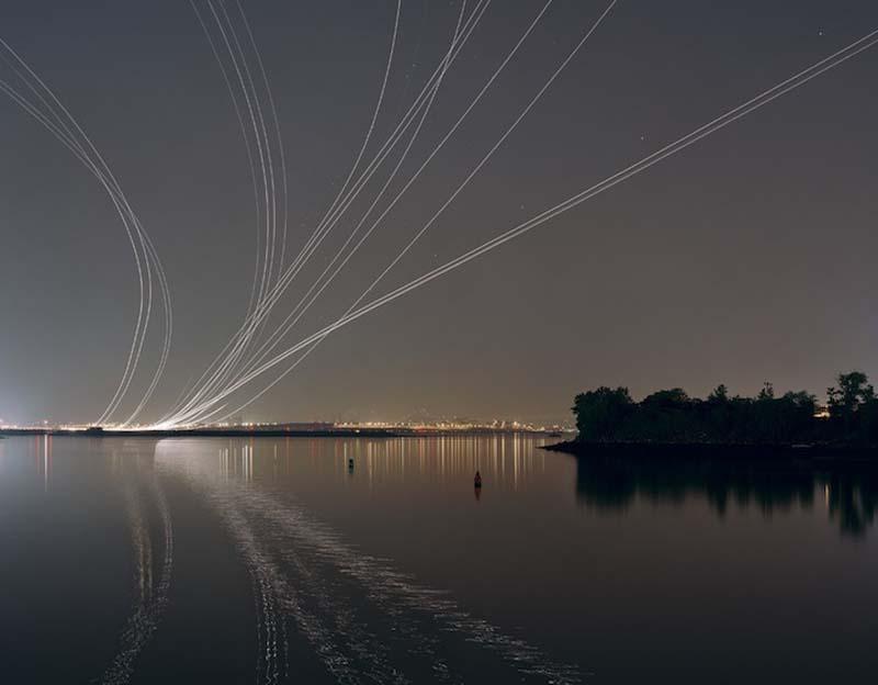 KevinCooley2 Ослепительные световые следы самолетов