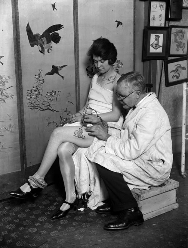 Портреты татуированных женщин конца