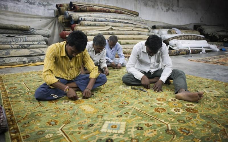 Как делают ковры вИндии