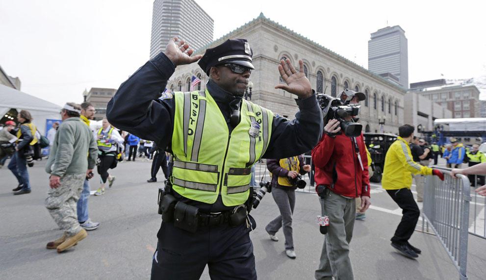 s b07 12 Взрыв на марафоне в Бостоне   первый теракт в США после 9/11