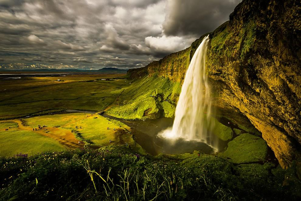 Seljalandsfoss waterfall wedding