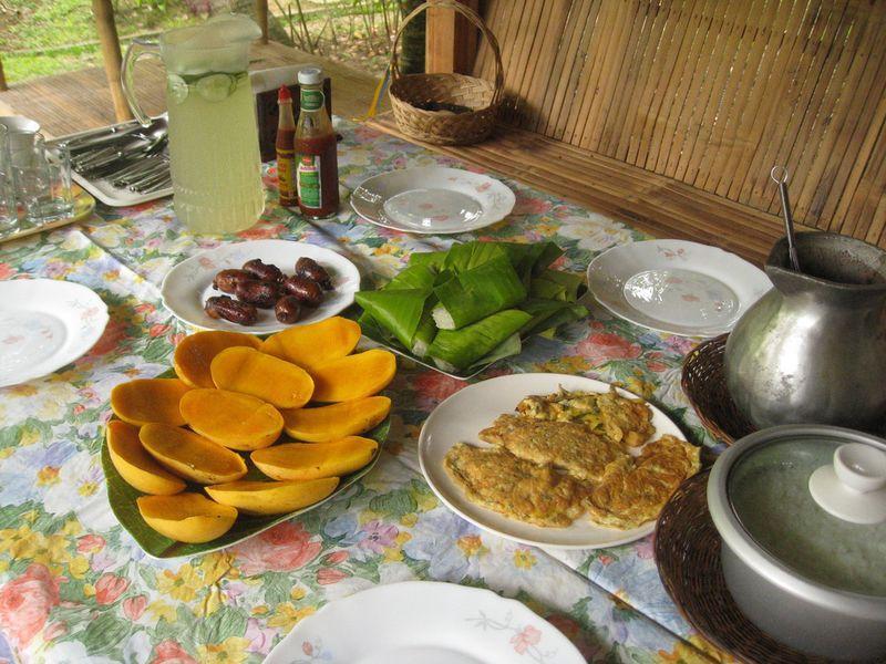 Breakfasts03 20 национальных завтраков со всего света