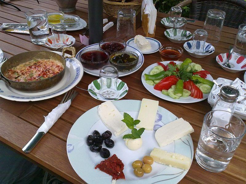 Breakfasts09 20 национальных завтраков со всего света