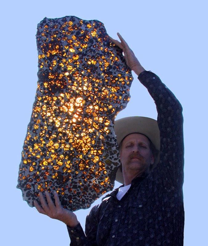 Fukang02 Необычайно красивый метеорит Фукан