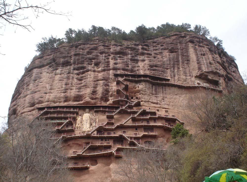 Maijishan Grottoes 1 Гроты Майцзишань