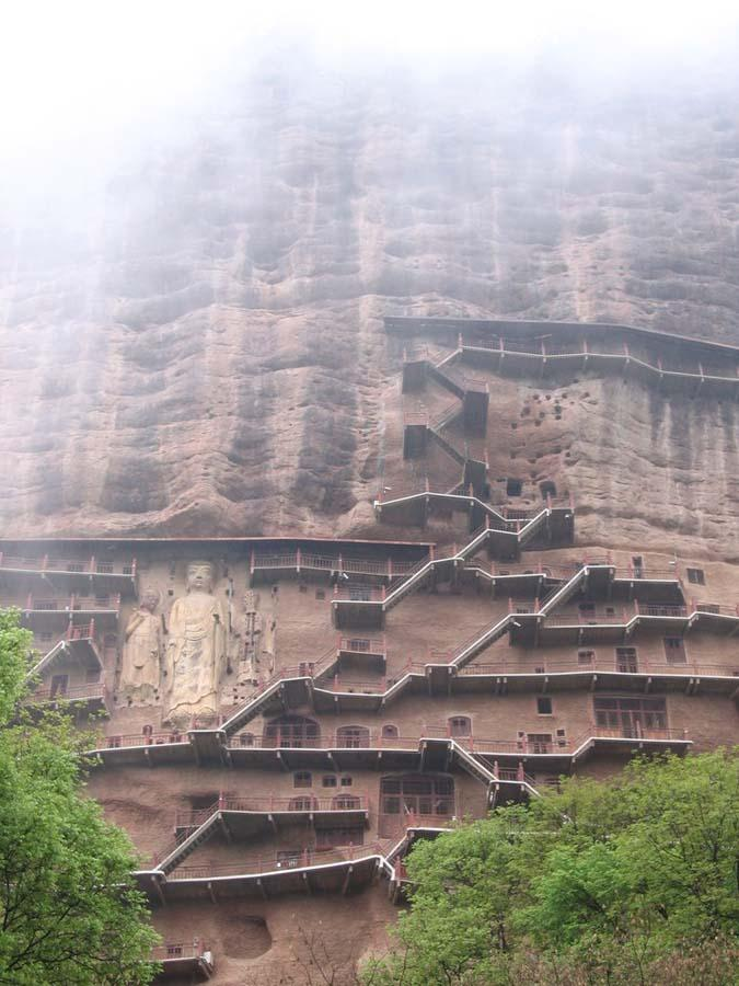 Maijishan Grottoes 11 Гроты Майцзишань