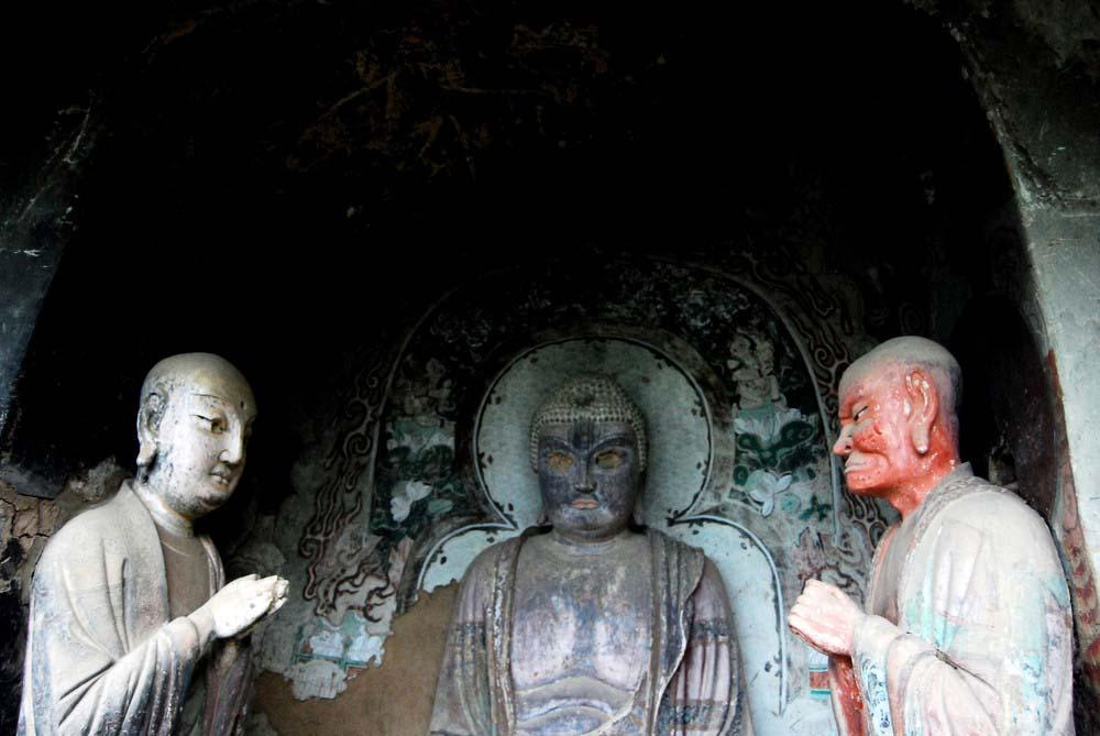Maijishan Grottoes 16 Гроты Майцзишань