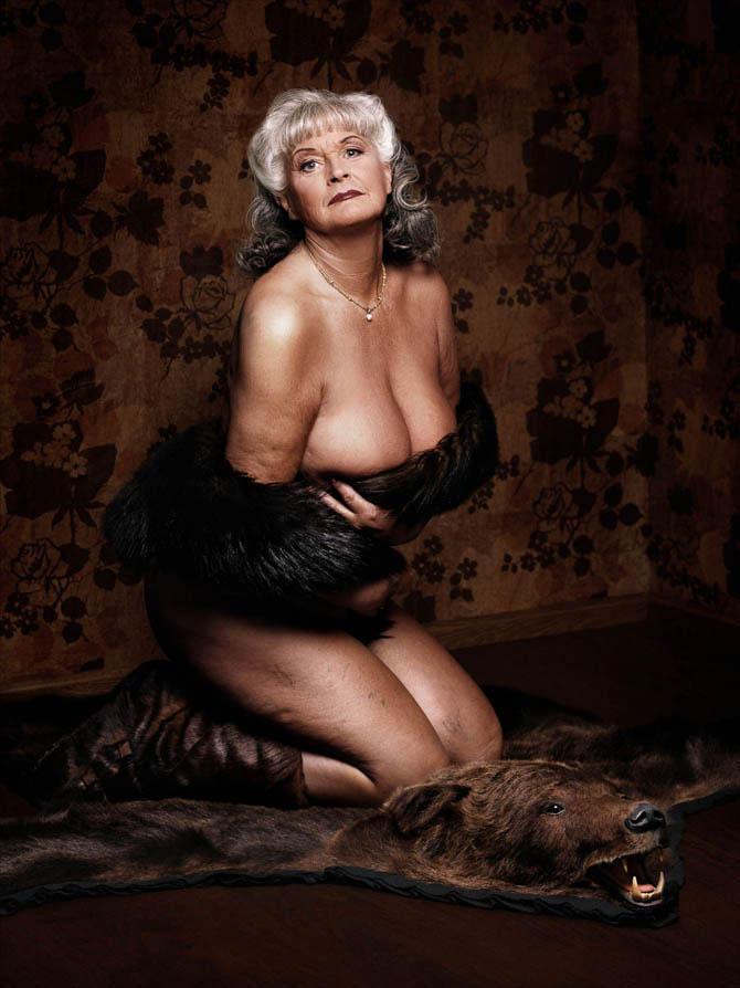 баба в возрасте просмотра порно