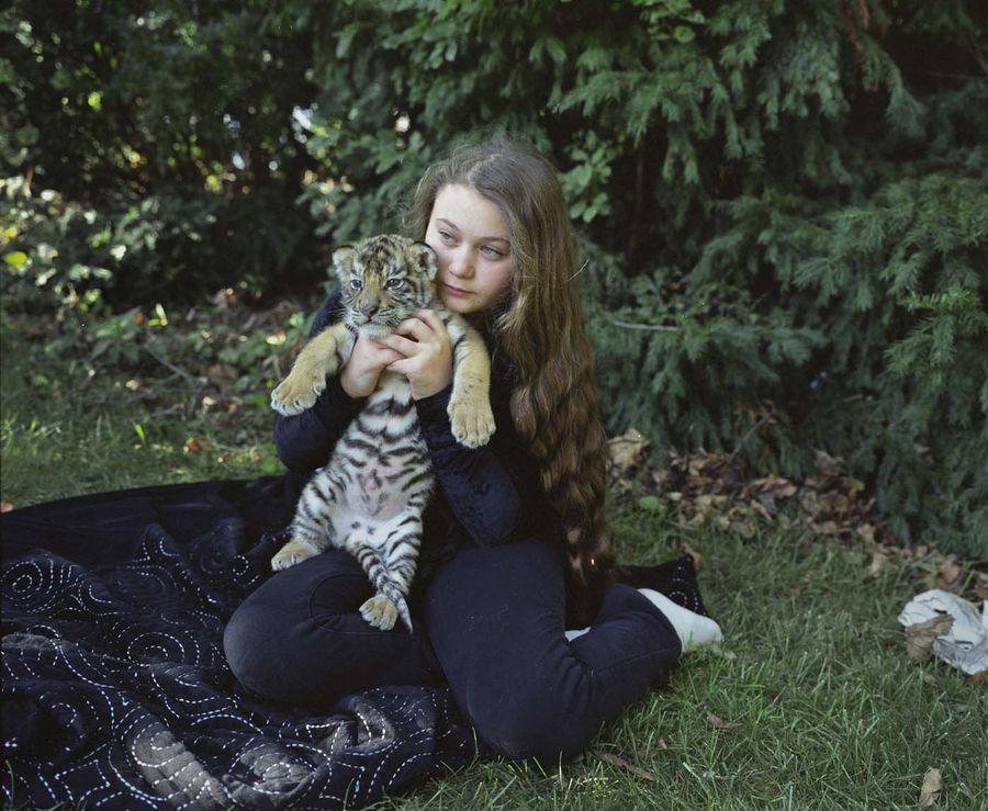 Schwartz13 Мир Амелии   девочка и ее животные