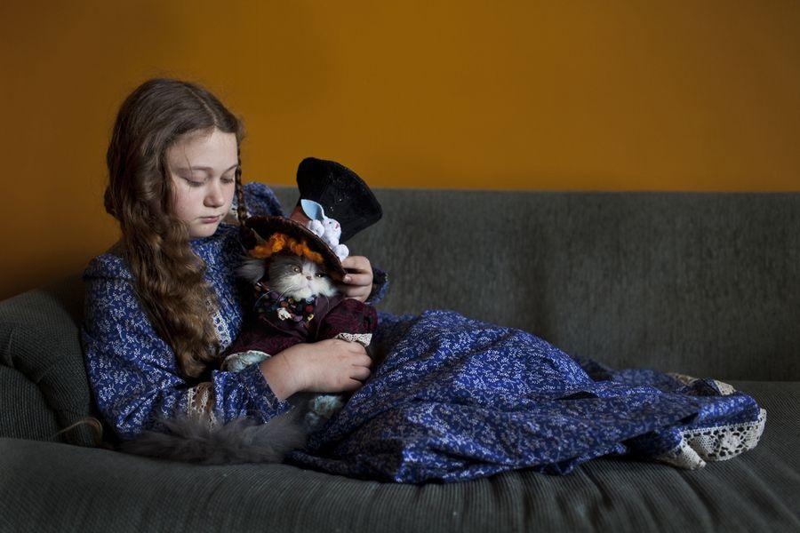 Schwartz25 Мир Амелии   девочка и ее животные