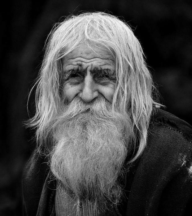 dedushkaDobri 3 Дедушка Добри – нищий благотворитель