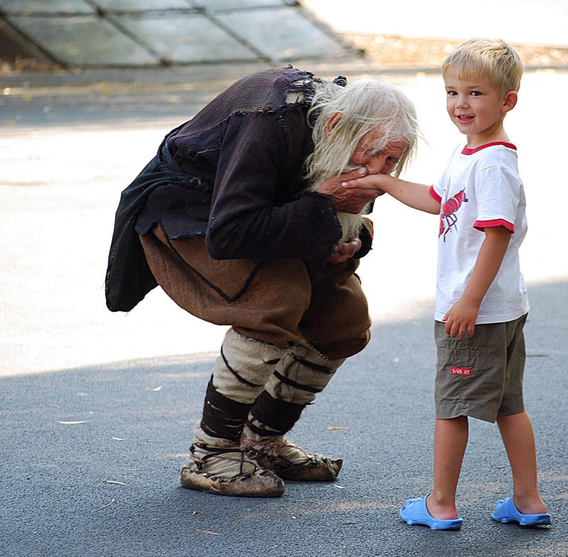 dedushkaDobri 5 Дедушка Добри – нищий благотворитель