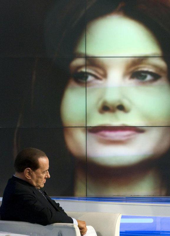 042 Самые любимые женщины Сильвио Берлускони