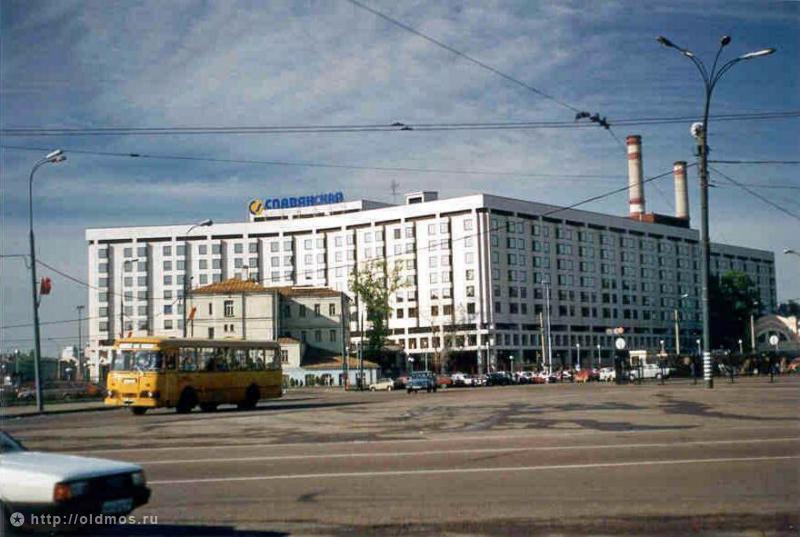 800 28dff917d6adb0ed0357418ac7f106e5 Москва 90–х
