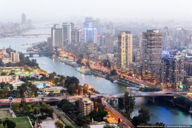 Высотный Каир