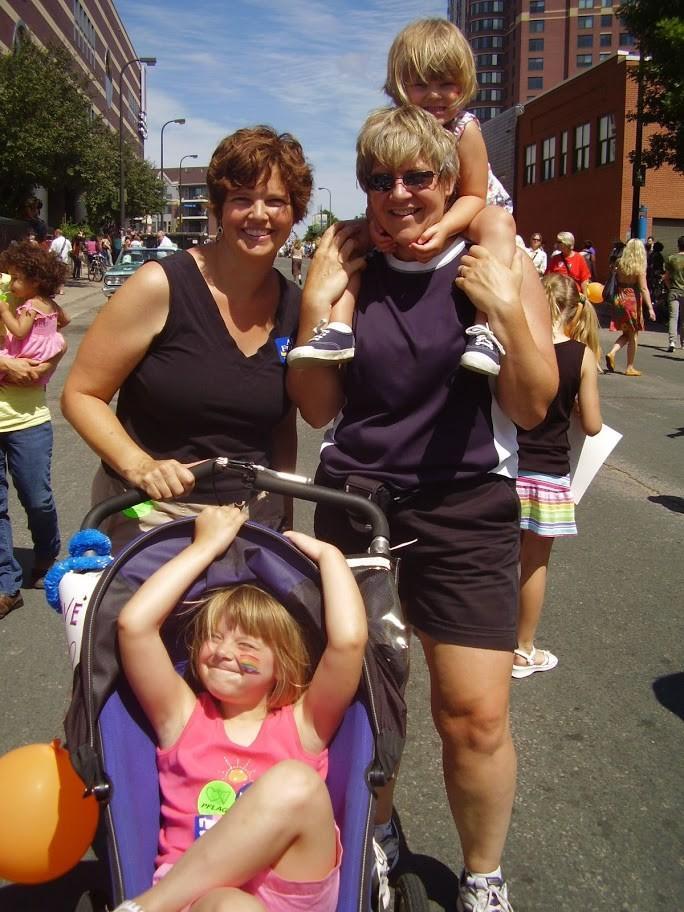 Equality27 30 счастливых однополых семей с детьми