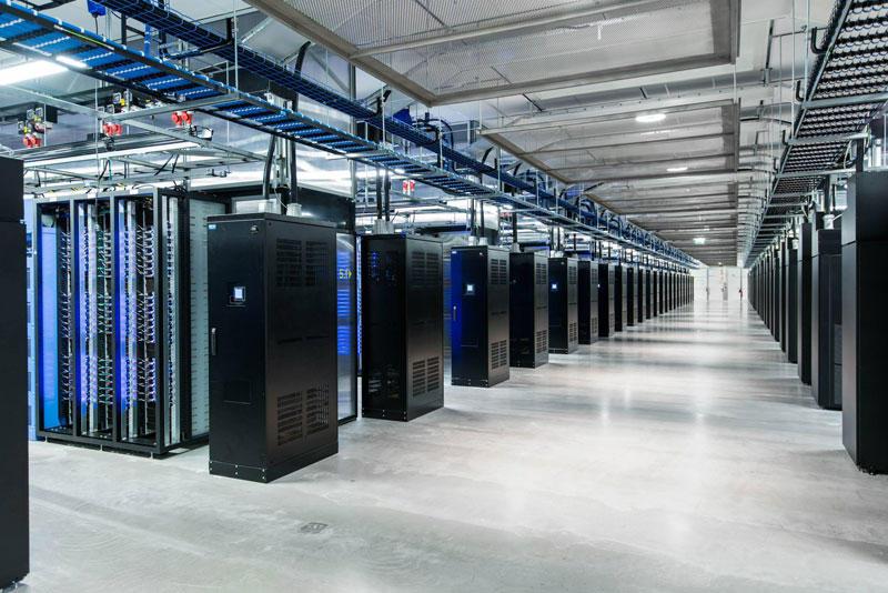 FBDataCenter01 Центр обработки данных Facebook возле Полярного круга