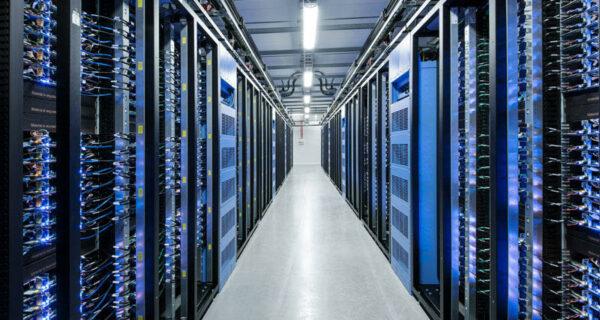 Центр обработки данных Facebook возле полярного круга