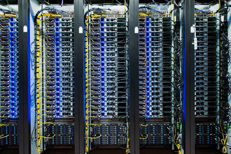 FBDataCenter03 Центр обработки данных Facebook возле Полярного круга