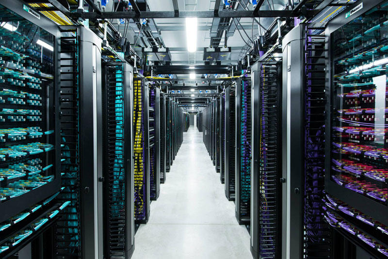 FBDataCenter13 Центр обработки данных Facebook возле Полярного круга