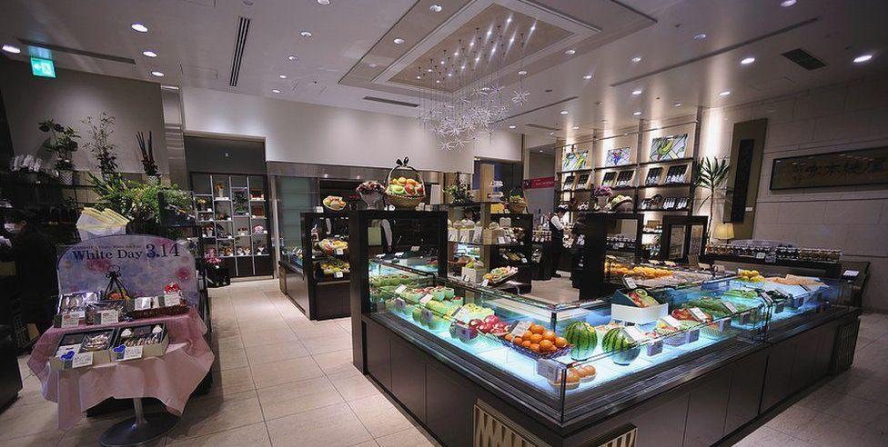 FruitParlor01 Самый дорогой в мире фруктовый салон
