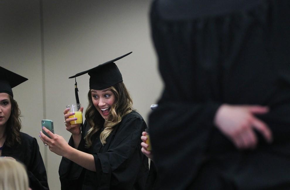 Graduations03 Выпускные церемонии со всего мира