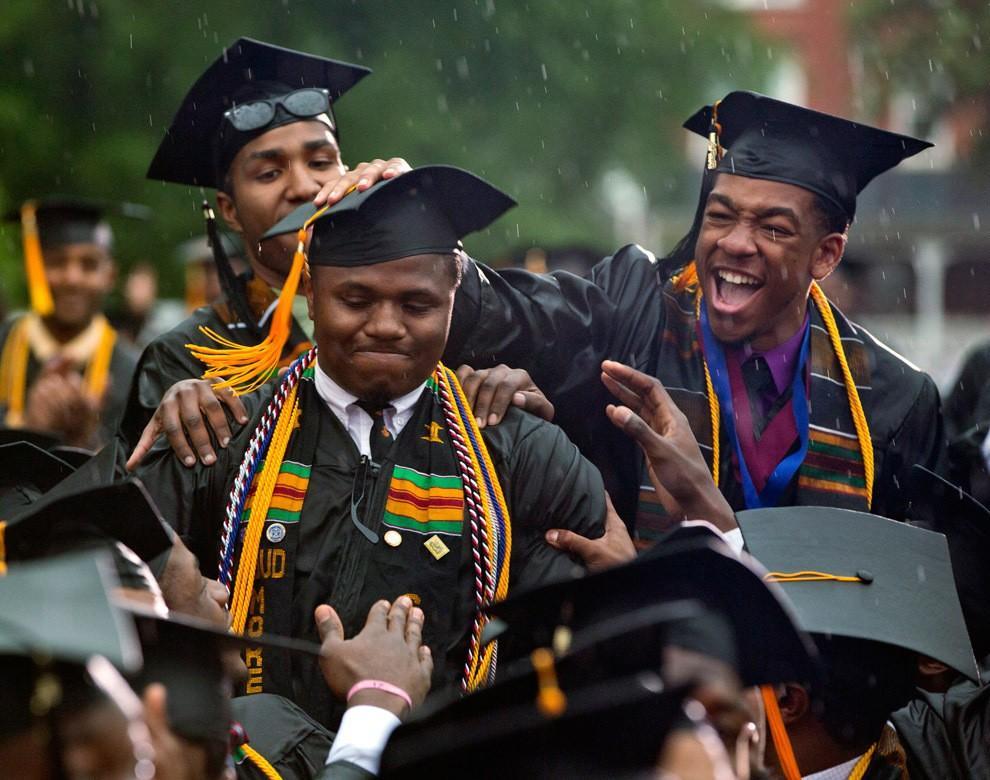 Graduations06 Выпускные церемонии со всего мира