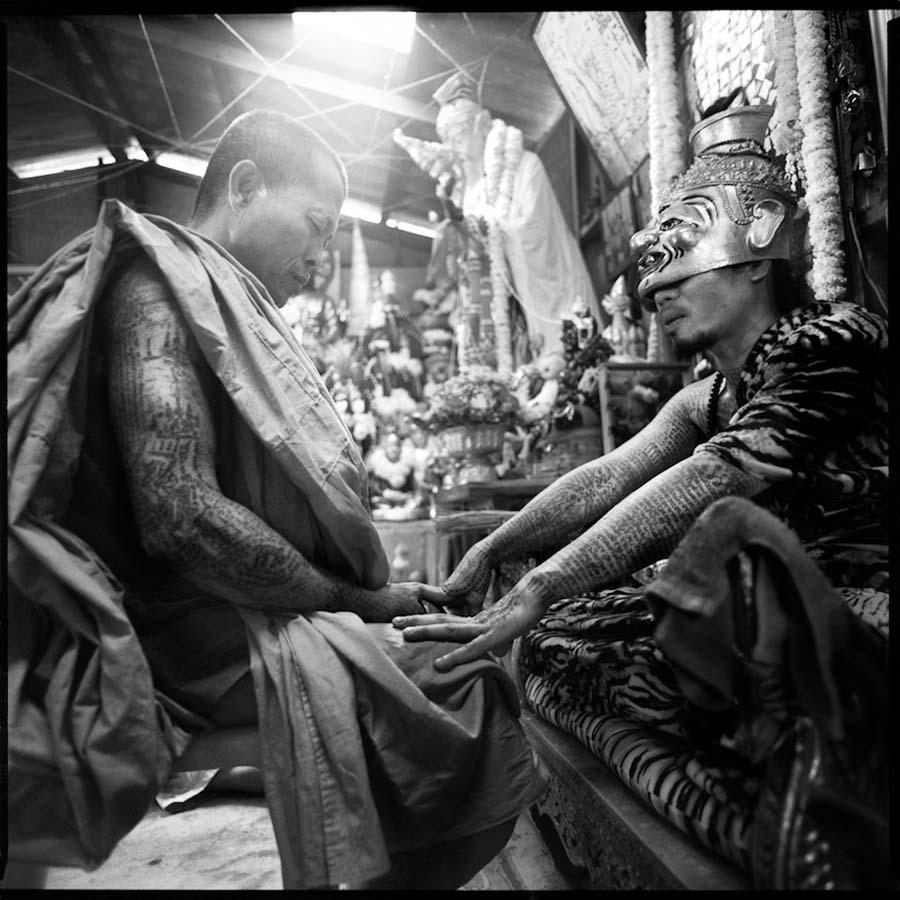 Thailand's Magical Tattoos 5 Магические татуировки Таиланда