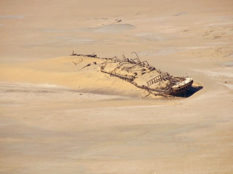 desertship02 800x600 Самый знаменитый корабль в пустыне