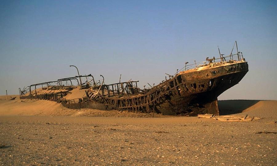 desertship03 Самый знаменитый корабль в пустыне