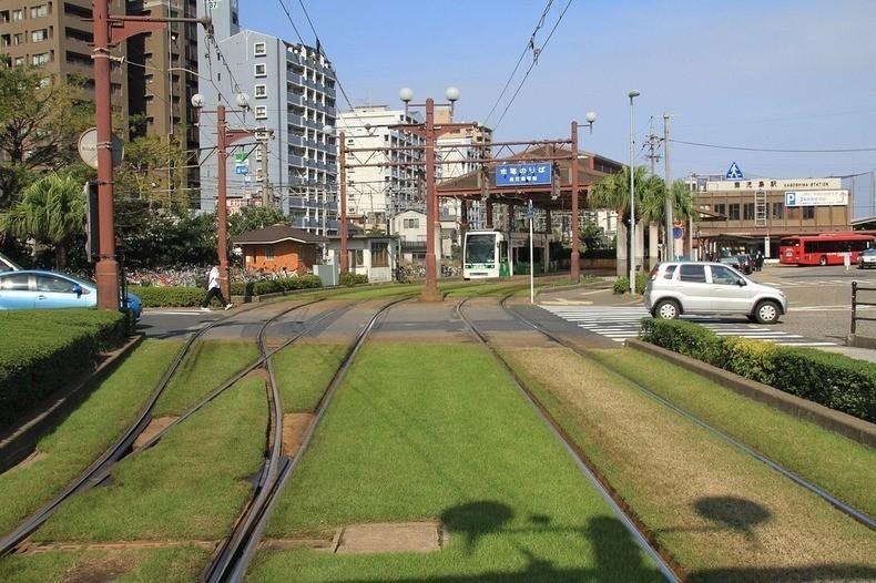 greentramway07 Зеленые трамвайные пути в Европе