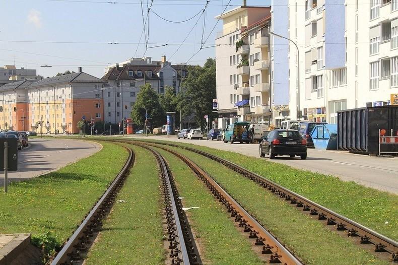 greentramway10 Зеленые трамвайные пути в Европе