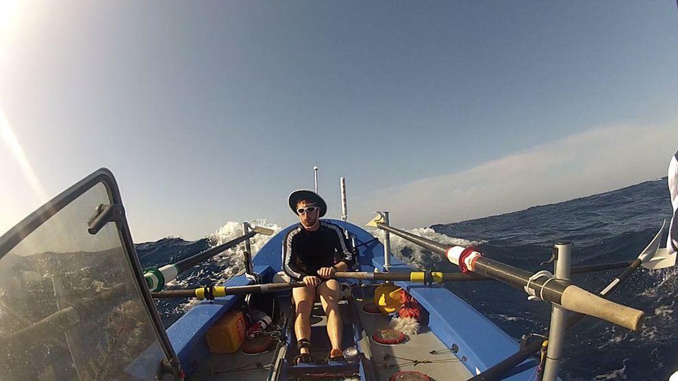 кто пересек атлантический океан на весельной лодке