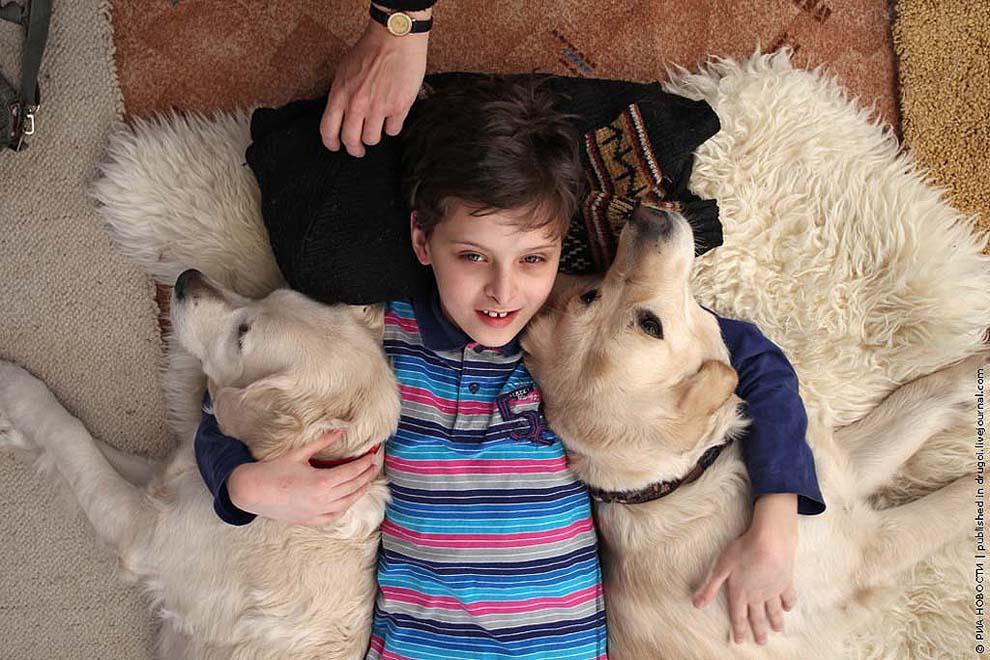 kidsanimals06 10 самых трогательных историй общения детей и животных